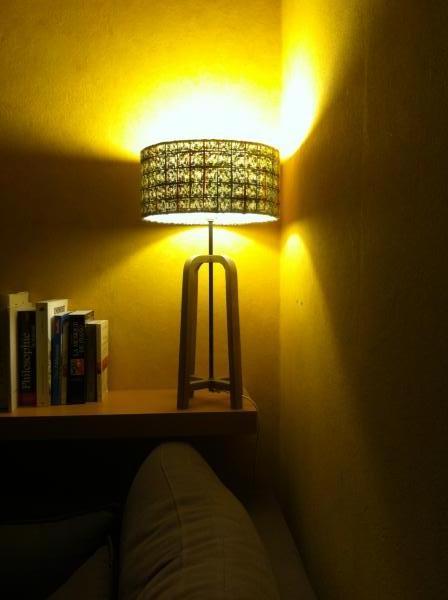 Abat jour Donegal e lampada da tavolo Anderson, perfetta combo nel mio salotto: una luce morbida e originale.. Prodotto bello e di qualità!